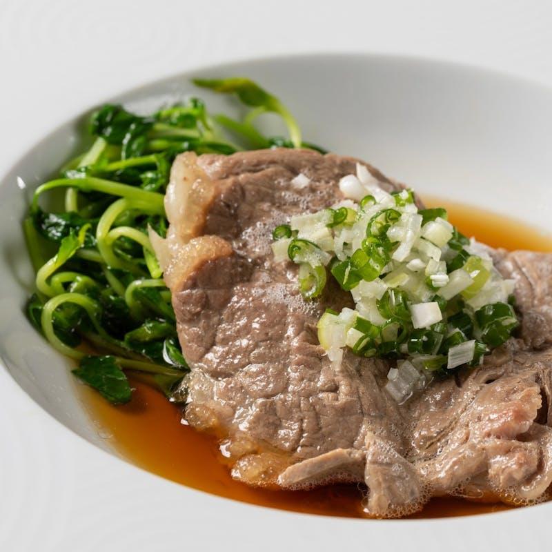 【特選6品】むき海老,サーモン炒飯などを堪能する厳選ディナー+スパークリング2時間フリーフロー