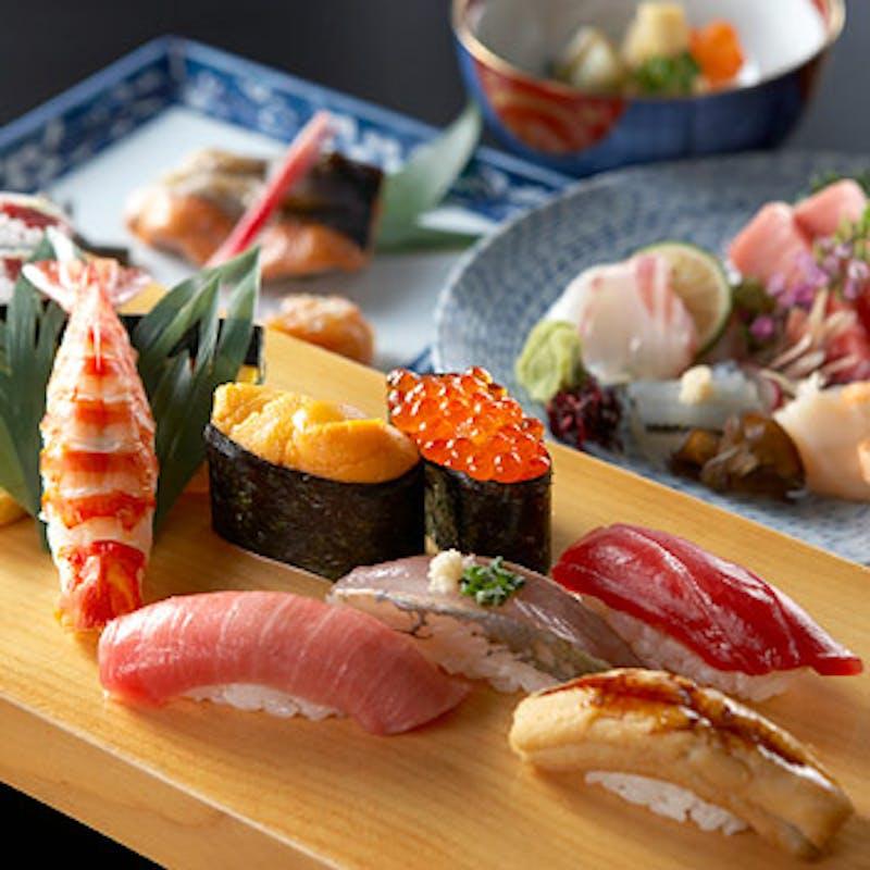 寿司コース【蘭】にぎり寿司十貫を含めた全8品+1ドリンク