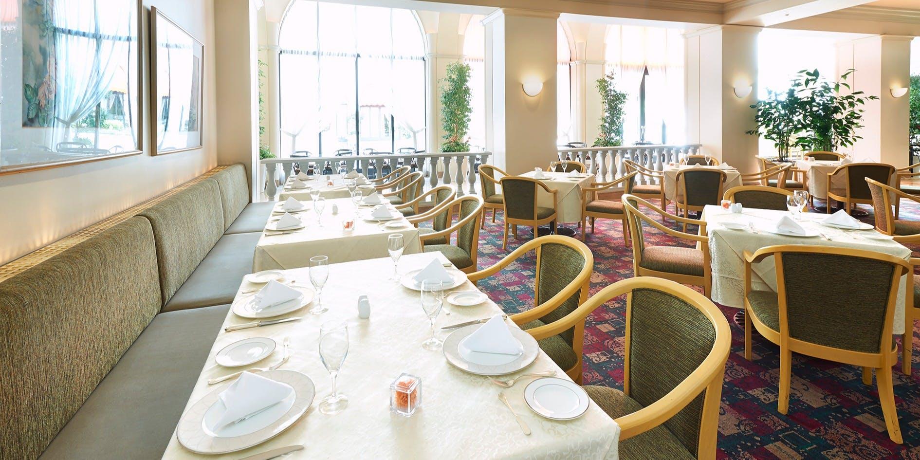 記念日におすすめのレストラン・レストラン フォンタナ/ホテルオークラ東京ベイの写真2
