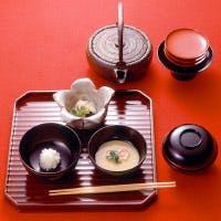 表千家ゆかりの伝統の味、柿傳の茶懐石