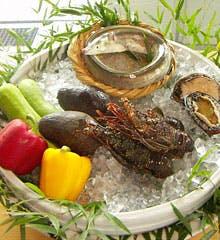 春秋 溜池山王店 吟味した食材を奇を衒わず季節感を大切に「春秋スタイル」と表現します