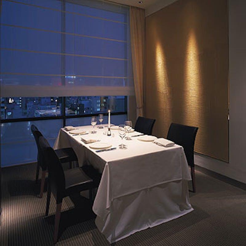 【ディナーA】前菜3品、Wメイン含む全6品+個室(平日限定)