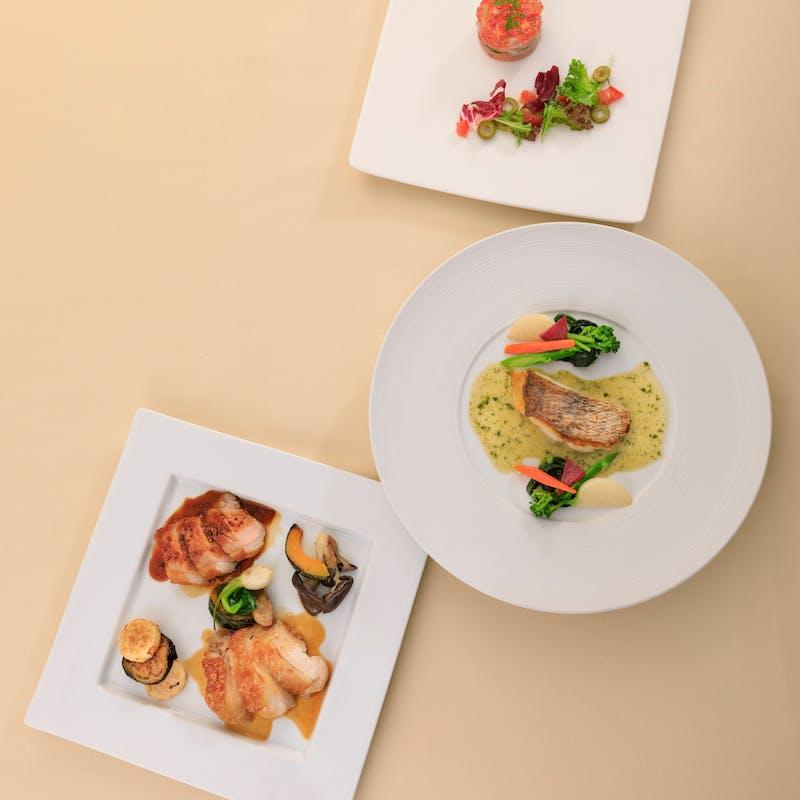 【ランチ シェフおすすめ】前菜選べるメイン全3品+乾杯ドリンク