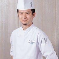 日本料理を「新」「旧」合わせ昇華させたスタイリッシュな現代日本料理