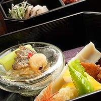 沖縄の土と光と水を食す