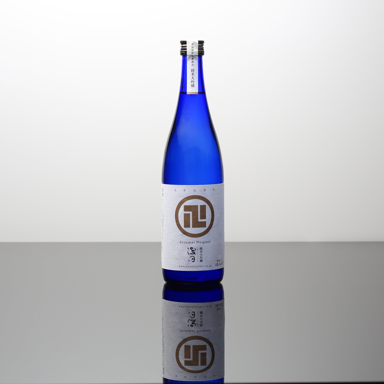 日本酒15種以上、ワイン20種以上をご用意