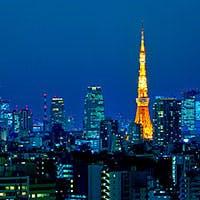 エレガントなインテリアデザインと全席から望む東京の夜景