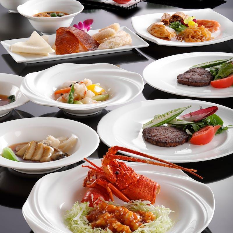 【吉祥】冷菜四種、国産牛サーロインや蒸し鮑の一皿など全8品