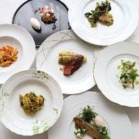 郷土料理と素材の持つ魅力をアクアパッツァスタイルで御用意しております。