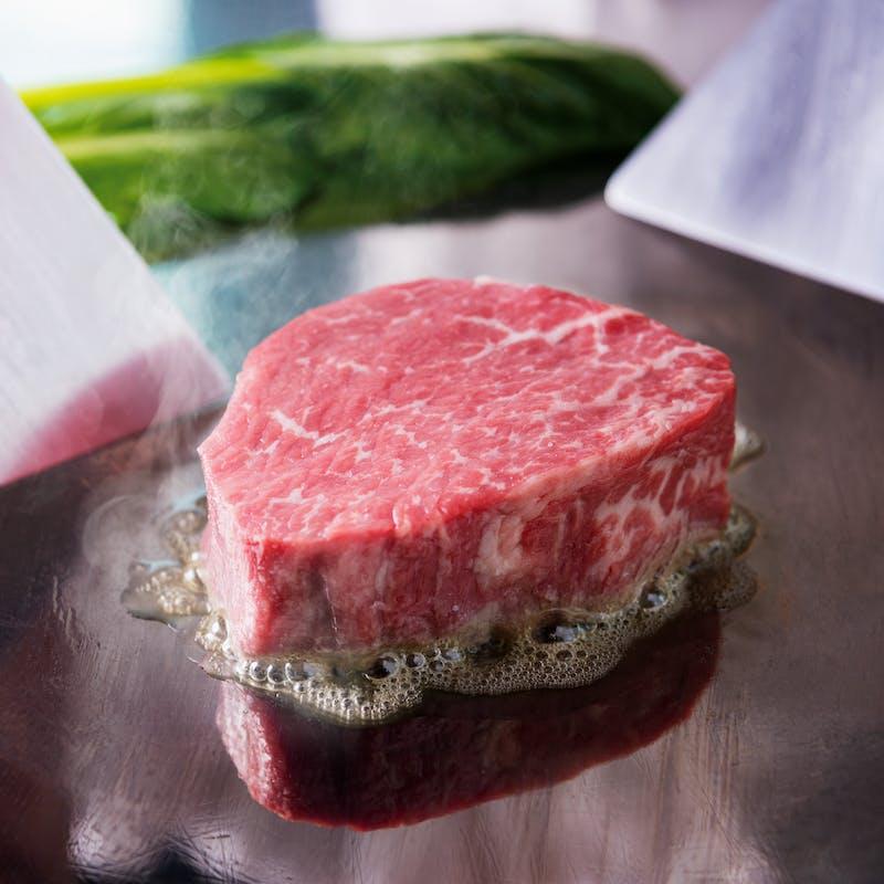 【杏】牛フィレステーキ、白身魚の鉄板焼など全7品(平日限定)