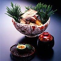 旬の味覚と古都の静寂を存分に味わえる祇園の料亭=現代の和風オーベルジュ