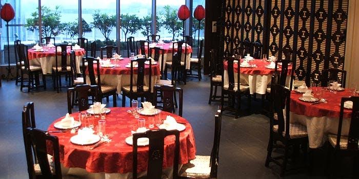 記念日におすすめのレストラン・全聚徳 新宿店の写真1