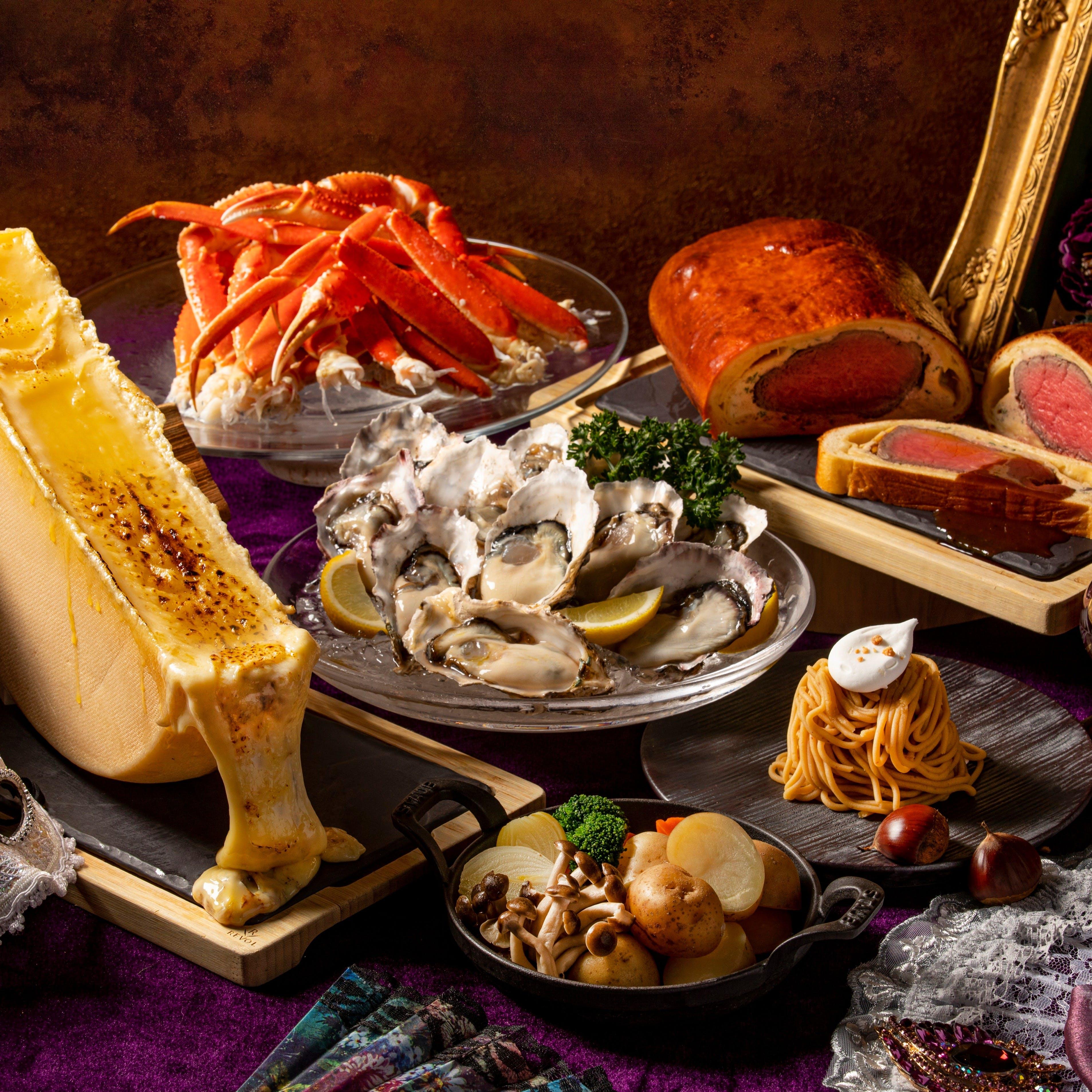 お好きなだけ各種料理も楽しめるディナービュッフェ