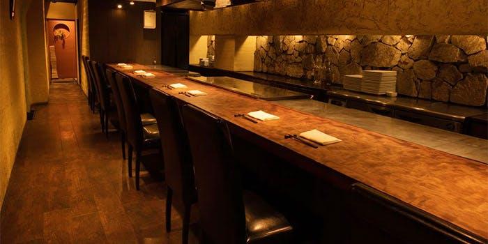記念日におすすめのレストラン・鉄板焼 円居 -MADOy- 新橋の写真1