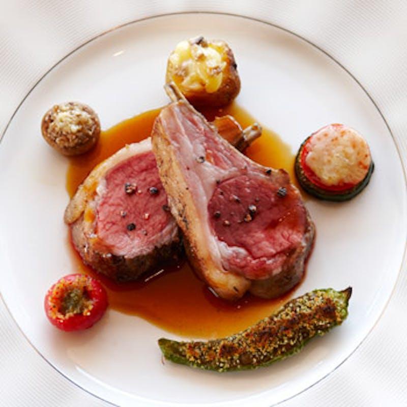 【SOUVENIR】お魚 or お肉 が選べるメイン料理と季節のデザートまで(全5品)