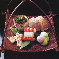 お料理はあくまでも素材を活かし華美な装飾をせずにおもてなしの心でお迎え致します