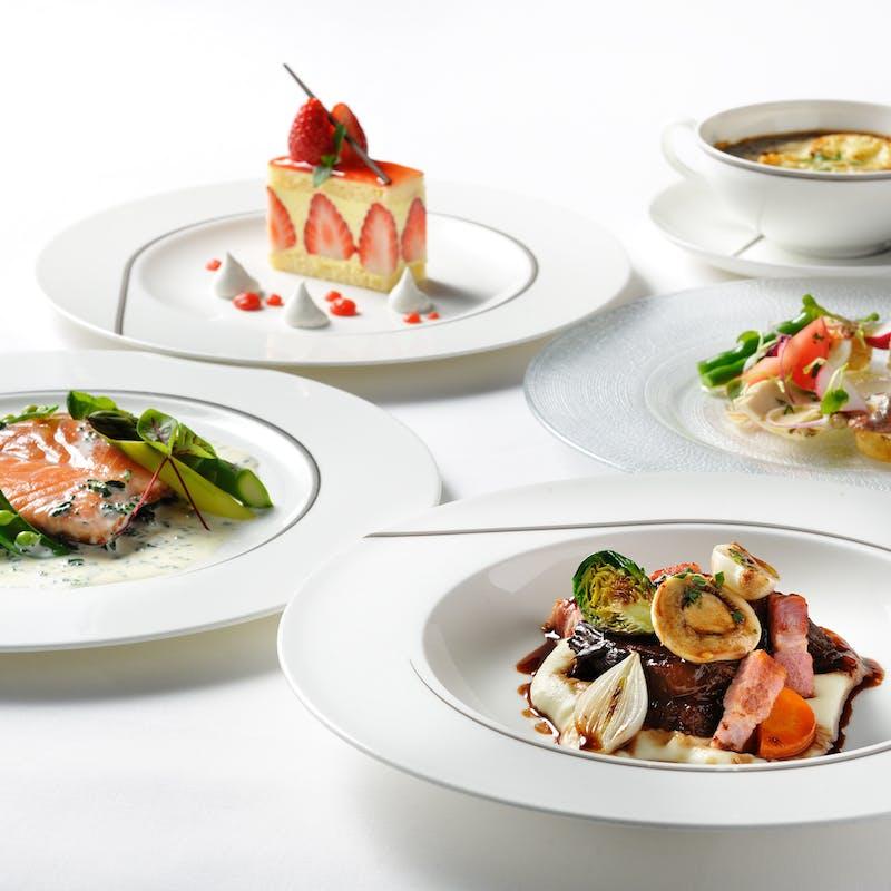 ディナー4品コース(前菜・Wメイン・デザート)+選べる2ドリンク