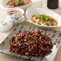 シンガポールで洗練された四川料理の新スタンダード