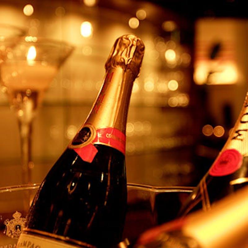 【おまかせフルコース】シェフのおまかせ厳選素材にこだわった特別コース+乾杯シャンパン(2日前予約)