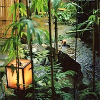茶の湯を愛した先代から伝わる茶のおもてなしの心そのままに宿のひと夜を味わえる旅館