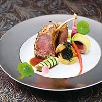 ホテルオークラ伝統の味と、新たな発想の融合で生み出されるモダンフレンチ