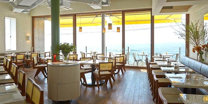 記念日におすすめのレストラン・bills 七里ヶ浜の写真1