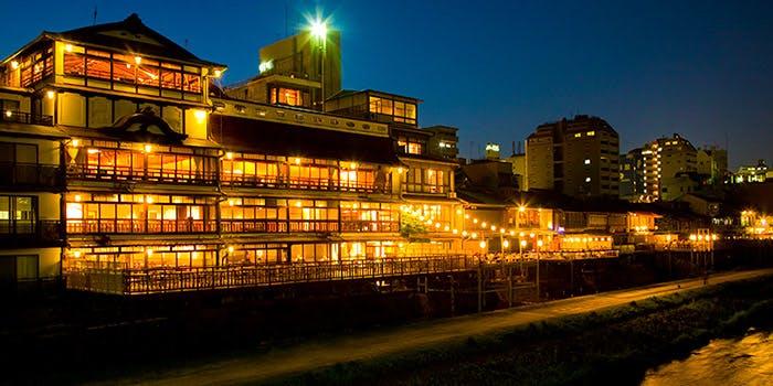 由緒ある空間から洗練された空間へ「LE UN(ルアン) 鮒鶴京都鴨川リゾート」
