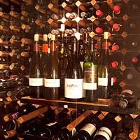 種類の豊富なオーストラリアワインをグラスで常時各15種類ほど用意しています