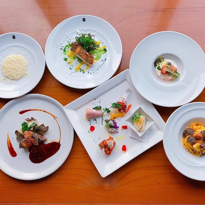 【料理長のおまかせコース】前菜5種、Wメイン、リゾット、特製デザートなど6品+乾杯スパークリング