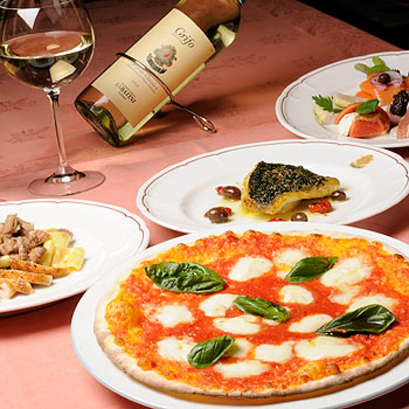 前菜,ピッツァorパスタ,メイン,ドルチェなど含む全5品+乾杯スプマンテ
