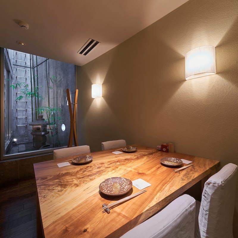 【桜コース】特選黒毛和牛ランプなど全7品+選べる乾杯ドリンク(個室)