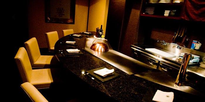 記念日におすすめのレストラン・鉄板焼 馨 KAORUの写真1