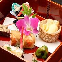 全国から取り寄せた山海の滋味・珍味と、伝統の味を受継ぐ職人が織りなす名古屋の美味