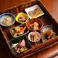 """フレンチ・和食を始め、新しいタイプの""""日本料理""""を提供するために"""