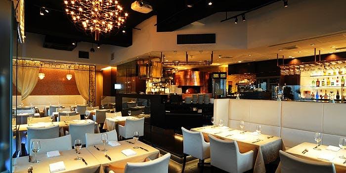記念日におすすめのレストラン・エノテカ・ピッツェリア 神楽坂スタジオーネの写真1