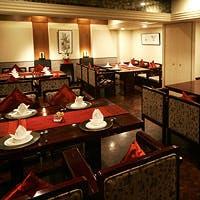 円卓テーブルのお部屋から洋風のお部屋、和室まで7部屋の個室をご用意しております