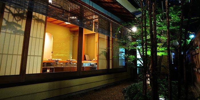記念日におすすめのレストラン・加賀生麩割烹 神楽坂 前田の写真1