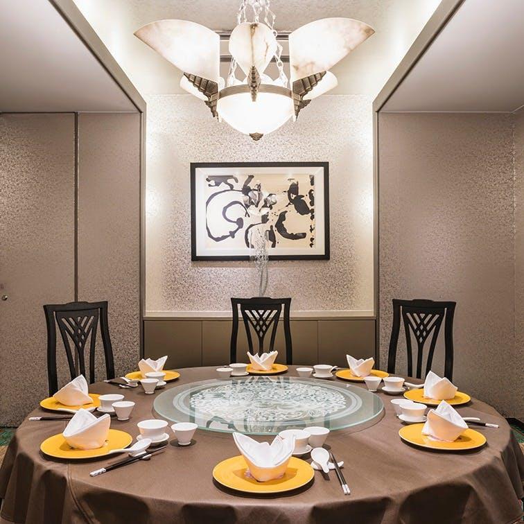 本場中国料理の味覚をお楽しみください