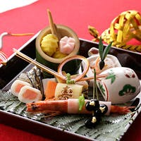 四季折々の恵みを盛り込んだ、繊細な日本の味を