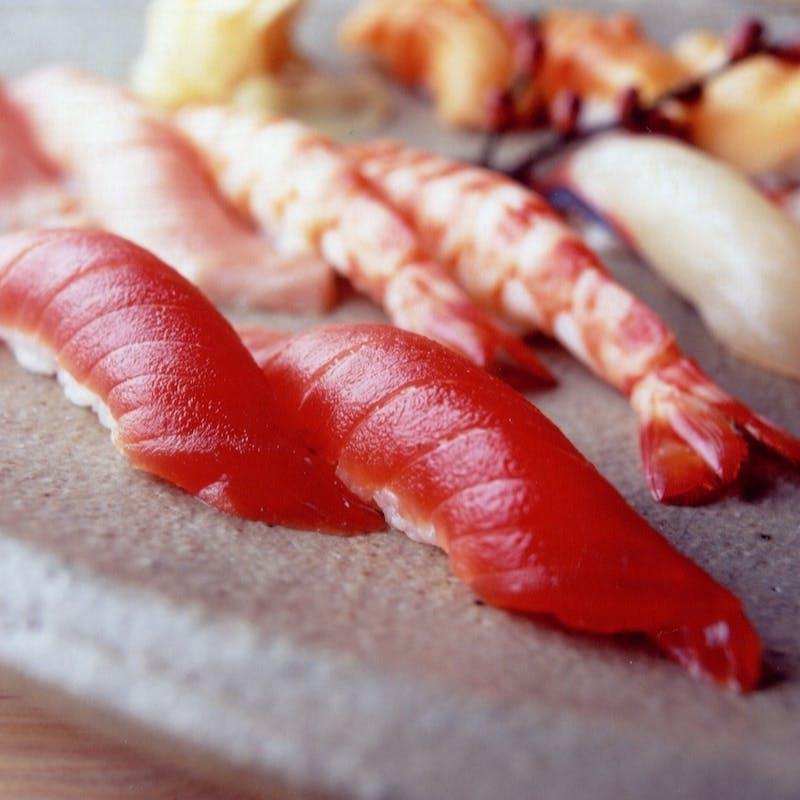 <和食>【江戸前握り寿司】1番人気!本格握り寿司10貫など+1ドリンク(9/6~)