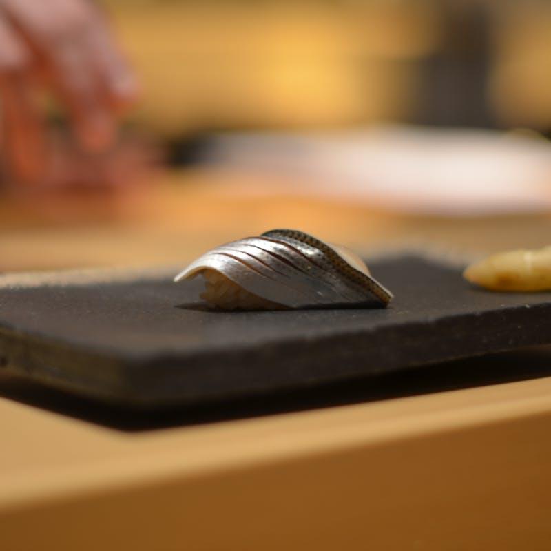 <和食>【寿司カウンター 】新鮮魚介を満喫!江戸前握り寿司15貫やデザート+1ドリンク(1日6食限定)