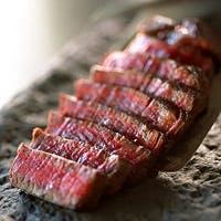 厳選された旬の食材を、和洋中それぞれのシェフが腕によりをかけて最高の一皿へ
