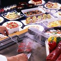 洋食を中心とした和食やスイーツなどバラエティ豊かな料理をブッフェスタイルで