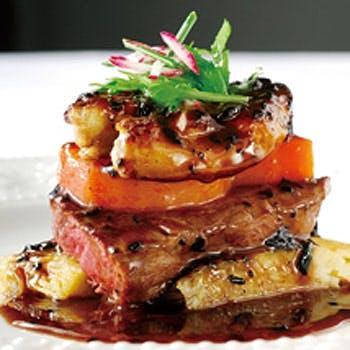 【一休限定】記念日に最適!牛フィレ肉のロッシーニを含むWメイン全6品!Gスパークリング&ホールケーキ付