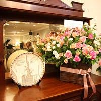 花をテーマにした女性好みのお洒落な店内で過ごす時間は最高