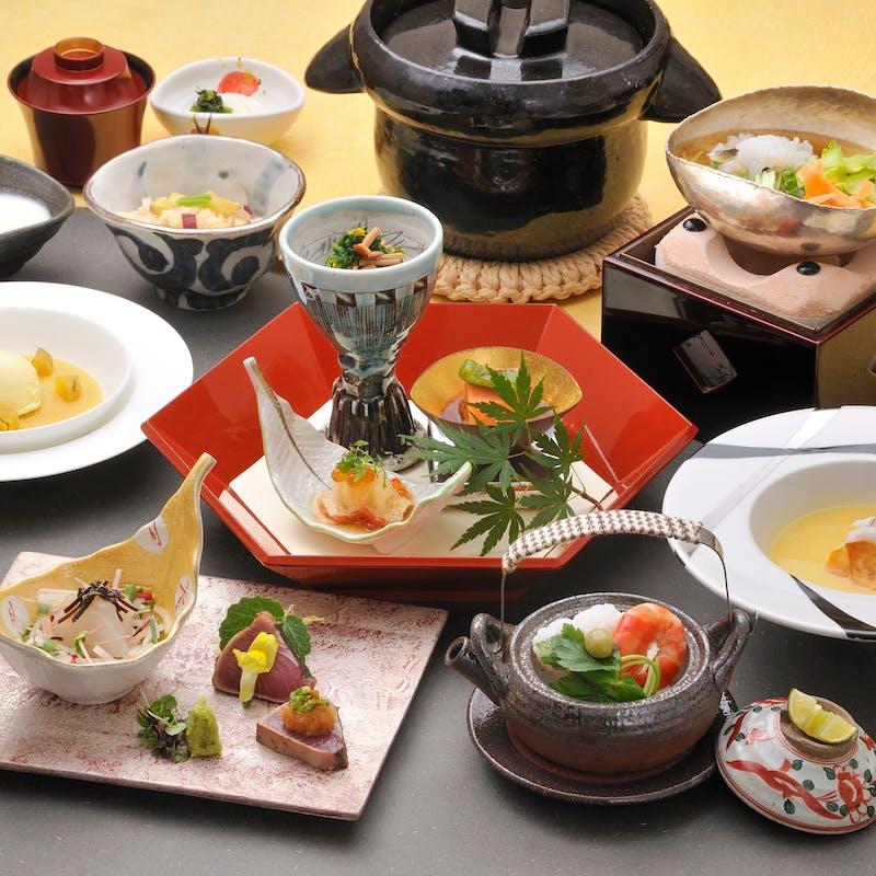 【桐~きり~】旬菜、吸物、造り、焼物、合肴、煮物、 デザート等(窓側確約/会食やご接待に)