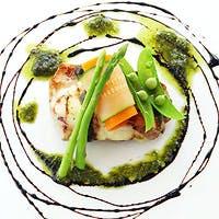 野菜ソムリエが厳選した食材を経験豊富なシェフがつくりだす至極の一皿