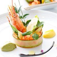 野菜ソムリエシェフによる斬新的に現代を表現したコンテンポラリー創作料理