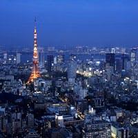 東京タワーと東京スカイツリー(R)の両方が見渡せるレストラン