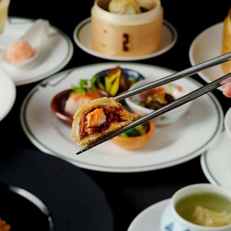 【蓮花(レンファ)/彩雲イチオシメニュー】前菜盛合せ、名物の胡麻団子入りなど